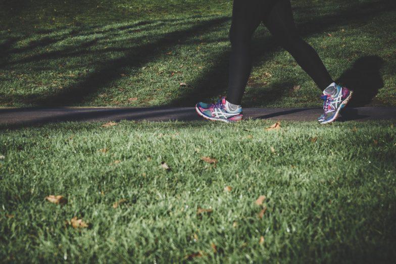 kävely selkäkipu osteopatia